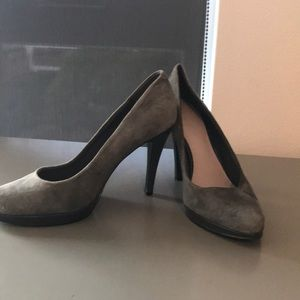 Nine West size 6 heels